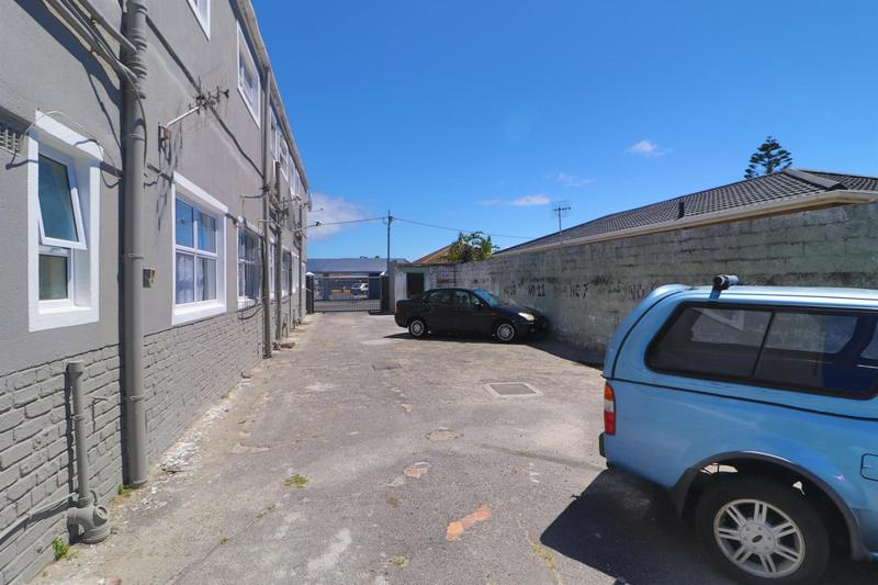 Property For Rent in Kensington, Cape Town 17