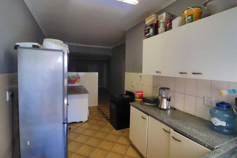 Property For Rent in Kensington, Cape Town 7