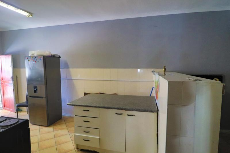 Property For Rent in Kensington, Cape Town 8