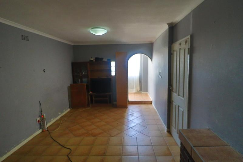 Property For Rent in Kensington, Cape Town 13