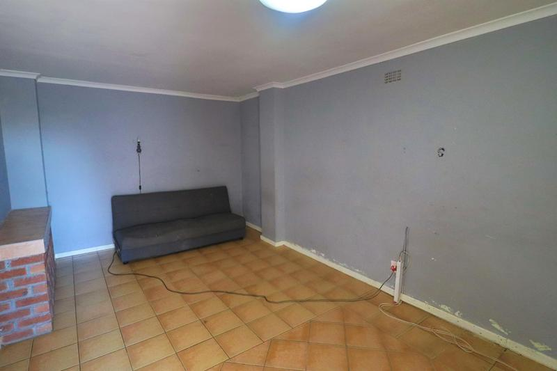 Property For Rent in Kensington, Cape Town 14