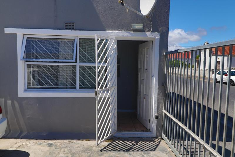 Property For Rent in Kensington, Cape Town 5