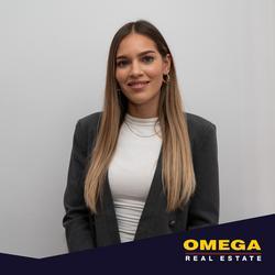 Fadheela  Samodien , estate agent